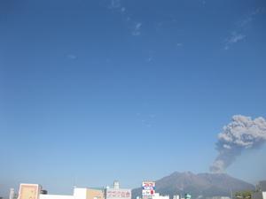 桜島さらに噴火20110923(2).JPG