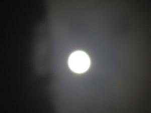 満月2011年10月12日.JPG